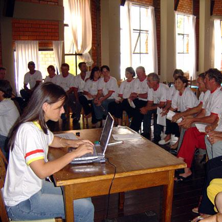 Grupos de trabalho, Dia de Granja Frango Seva, Dia de Granja Frango Seva