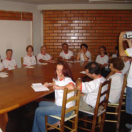 Integrados trabalhando em grupo, Dia de Granja Frango Seva, Dia de Granja Frango Seva