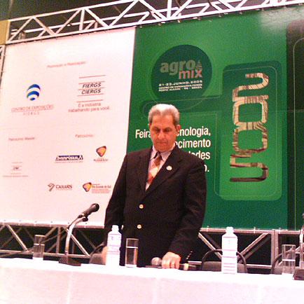 Professor Paulo Tabajara - UFSM - Vitagri, Agromix, Agromix