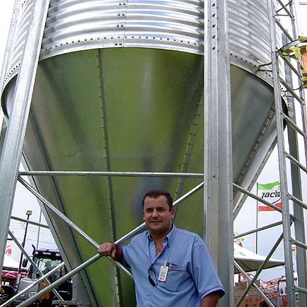 Carlos A. Branco - Gerente comercial da Comil, Show Rural Coopavel 2006, Show Rural Coopavel 2006