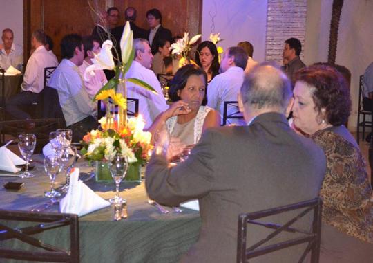 Premiadas e acompanhantes: Nadia Helena Cozzi (Gastronomia Digital), Edgar Tomé, Tatyanne de Morais (Jornal Geral) e Ivaneida de Morais - Jantar de Co, ,