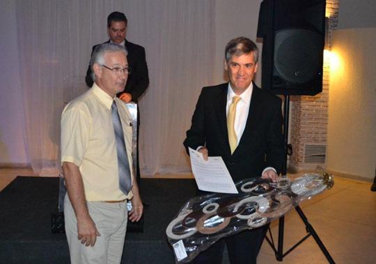 José Renato Seixas, gerente regional da Novus do Brasil, foi homenageado no jantar APA 2011, ,