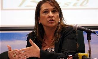 Kátia Abreu fala sobre agronegócio e desmatamento