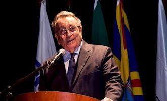Presidente da Confederação da Agricultura e Pecuária do Brasil é reeleito por unanimidade