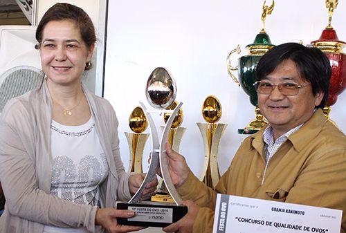 Os melhores em qualidade de ovos recebem seus troféus em Bastos, Os melhores em qualidade de ovos recebem seus troféus em Bastos
