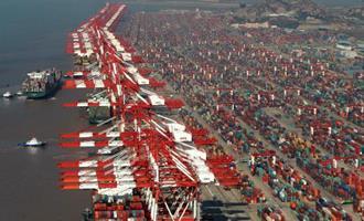 China registra primeiro crescimento das importações desde pandemia