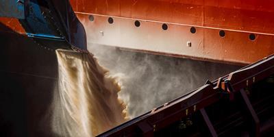 De acordo com dados de Secex, exportação de soja do Brasil atinge recorde de 17,38 mi t em abril