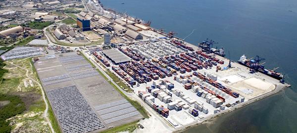 Porto de Paranaguá tem aumento de 14% na movimentação de abril
