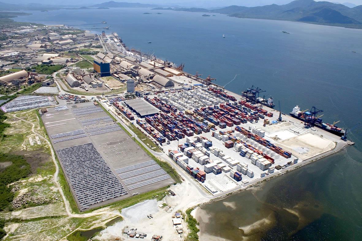 Exportações representam 56% dos US$ 14 bi movimentados nos portos no primeiro semestre