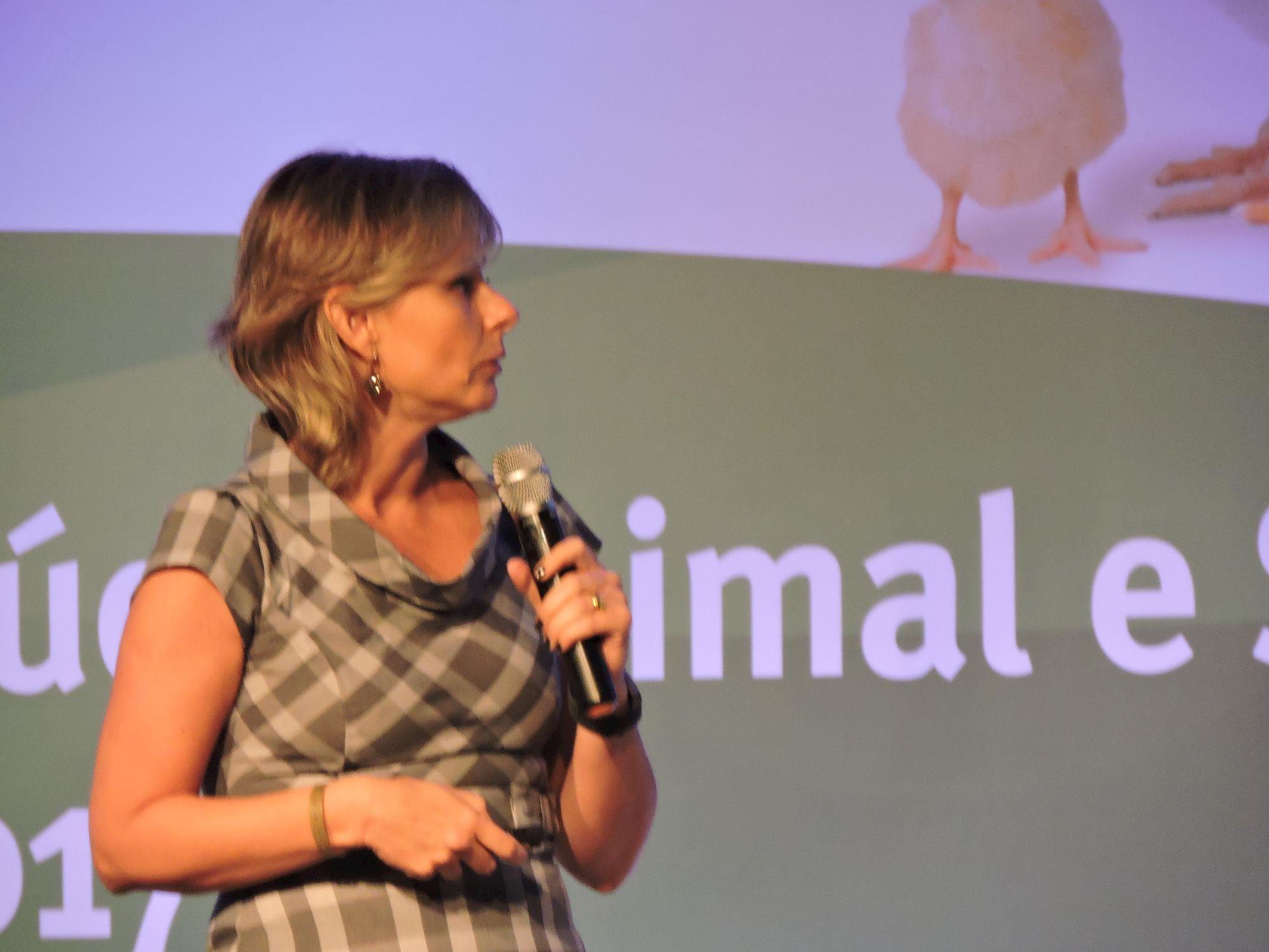 """DSM realiza """"Fórum de Saúde Animal e Segurança Alimentar"""", DSM realiza """"Fórum de Saúde Animal e Segurança Alimentar"""""""