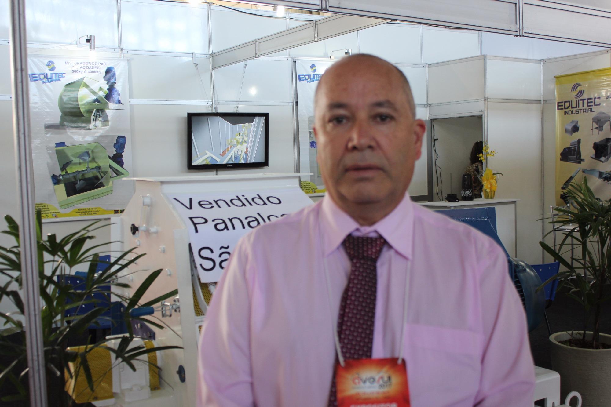 Equitec apresenta equipamentos para fábrica de ração