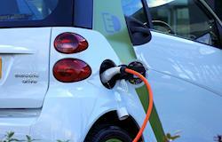 Índia quer vender apenas carros elétricos em 2030