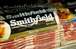 Smithfield busca ativos de carne bovina e aves para comprar nos EUA e Europa