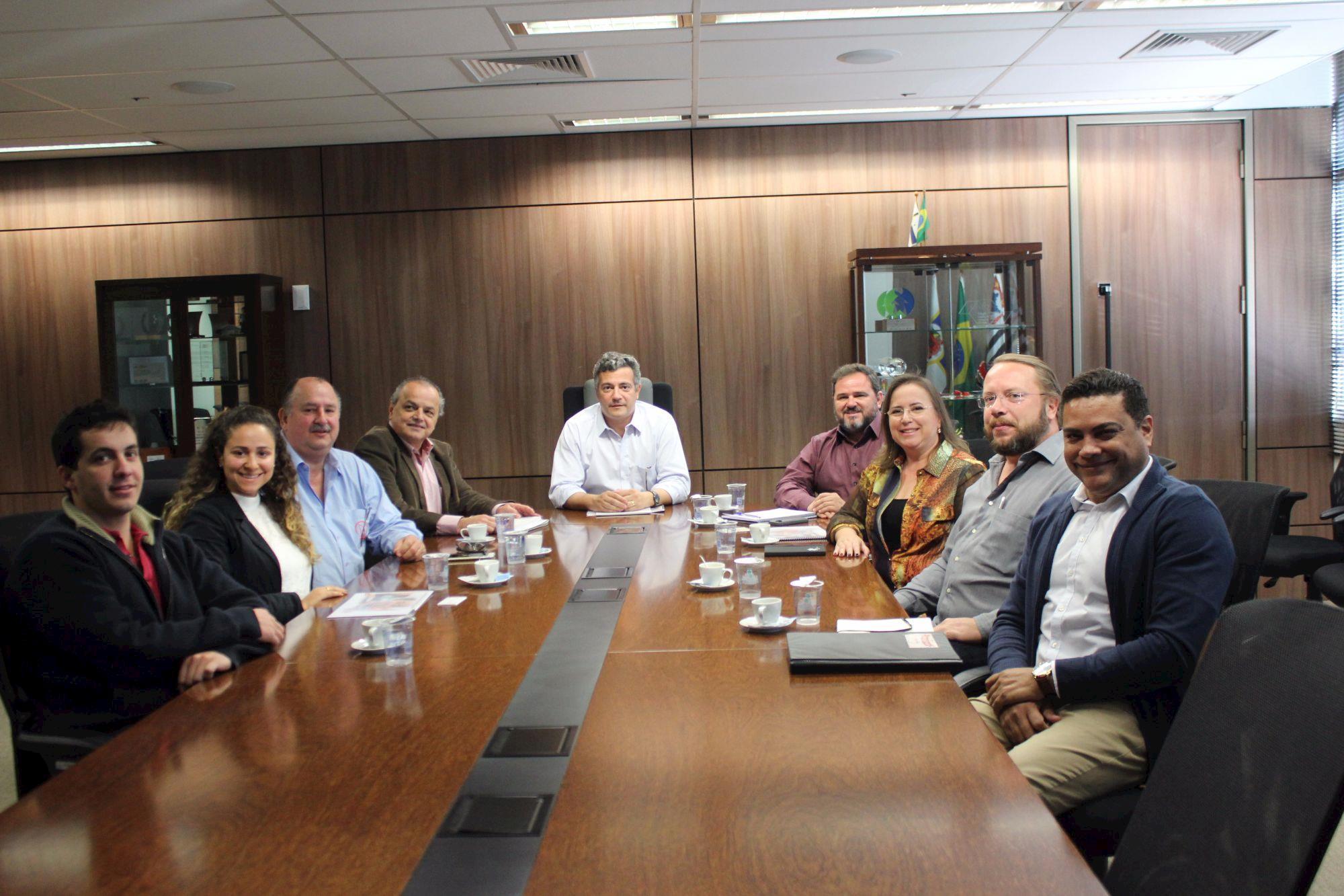APCS se reúne com prefeito de Itu para propor inserção da carne suína em escolas municipais , APCS se reúne com prefeito de Itu para propor inserção da carne suína em escolas municipais