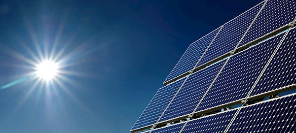 Incentivos à fonte solar fotovoltaica na Califórnia são exemplos para o Brasil, diz ABSolar