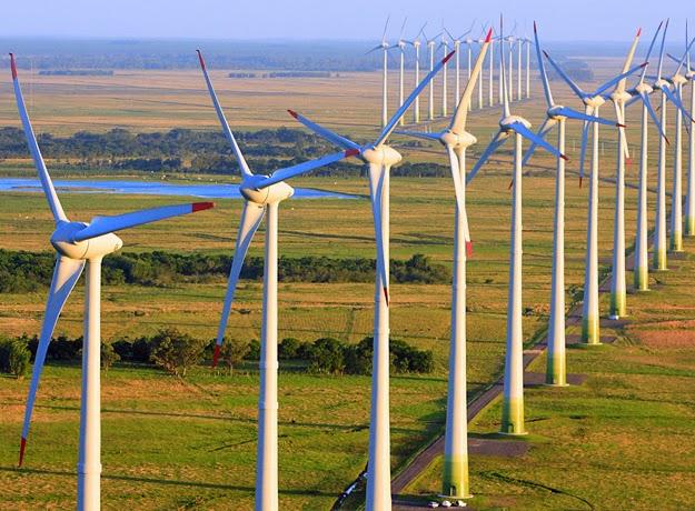 Queda dos custos de energia renovável abre caminho para ampliar a ambição climática