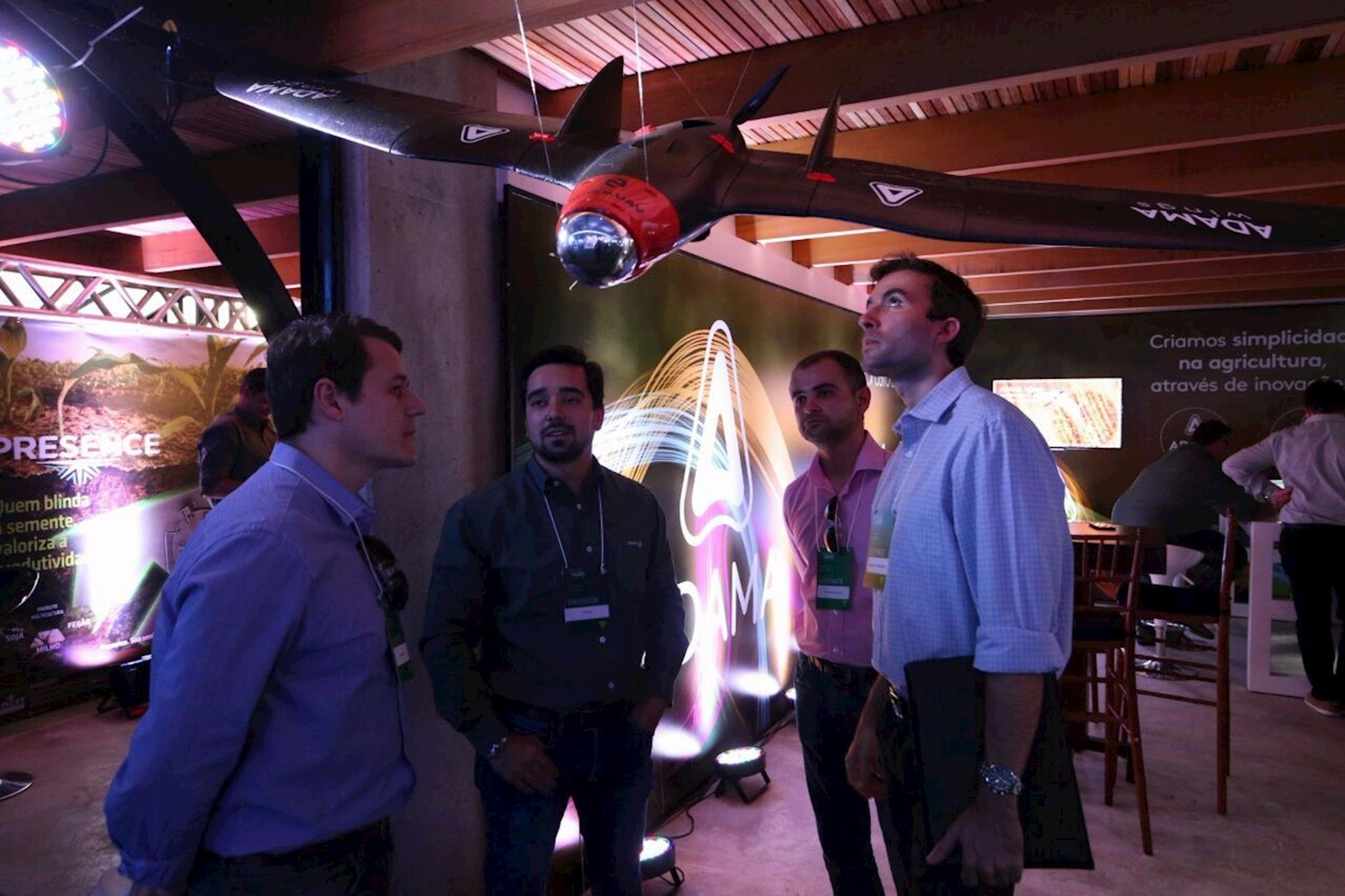 Drones e veículos aéreos não tripulados foram as atrações da feira, , Rodrigo Covolan