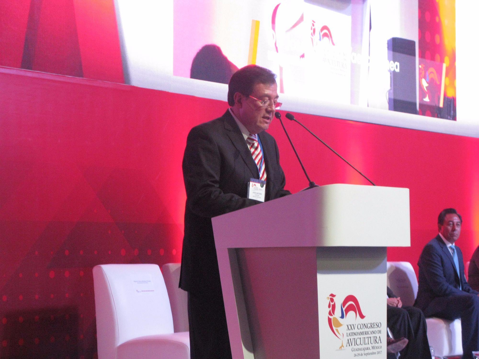 Avicultura latino-americana se encontra no México para abertura de congresso , Avicultura latino-americana se encontra no México para abertura de congresso
