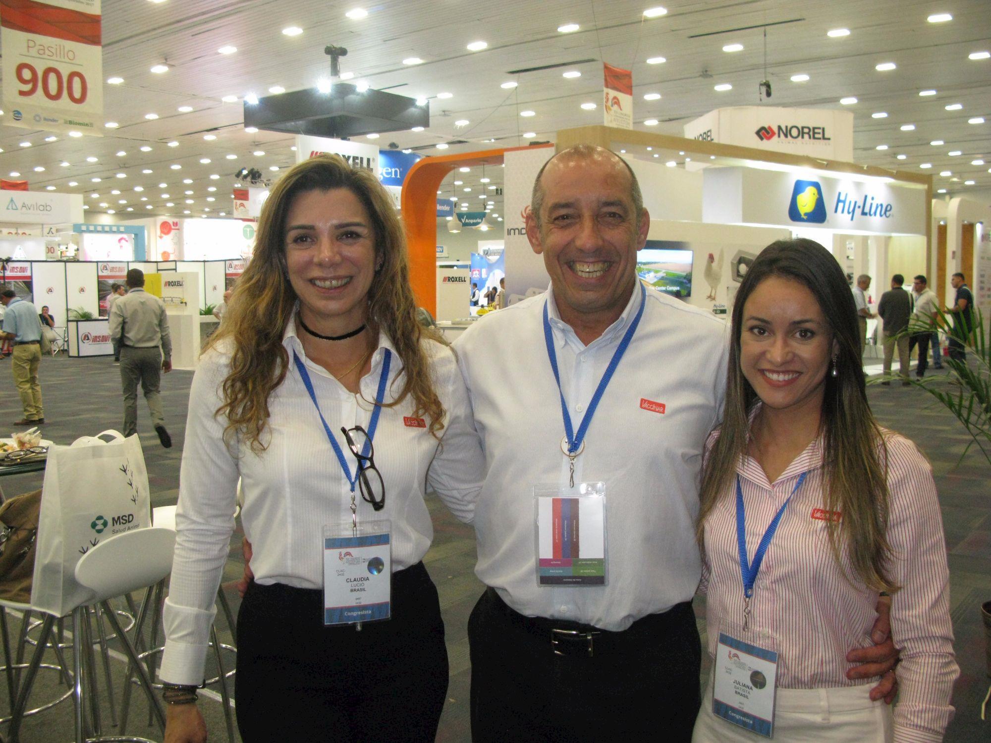 Empresas são destaque no 2º dia do Congresso Latino-Americano de Avicultura, Empresas são destaque no 2º dia do Congresso Latino-Americano de Avicultura