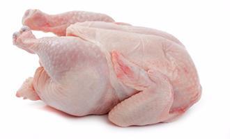 Competitividade da carne de frango cresce pelo quarto mês