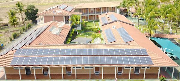 Hotel no interior de São Paulo instala energia solar para reduzir custos