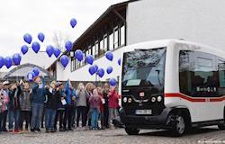 Ônibus sem motorista estreia na Alemanha