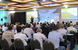 Paraná reúne especialistas e elos da cadeia produtiva para debater inovações na avicultura
