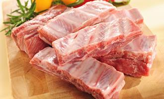 Preços da costela de porco na China aumentam após proibição de importação alemã