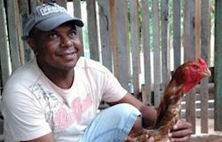 Ovos da raça índio gigante custam até R$ 120 a dúzia