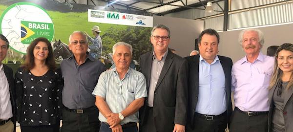 Produtores rurais comemoram certificação de área livre de aftosa