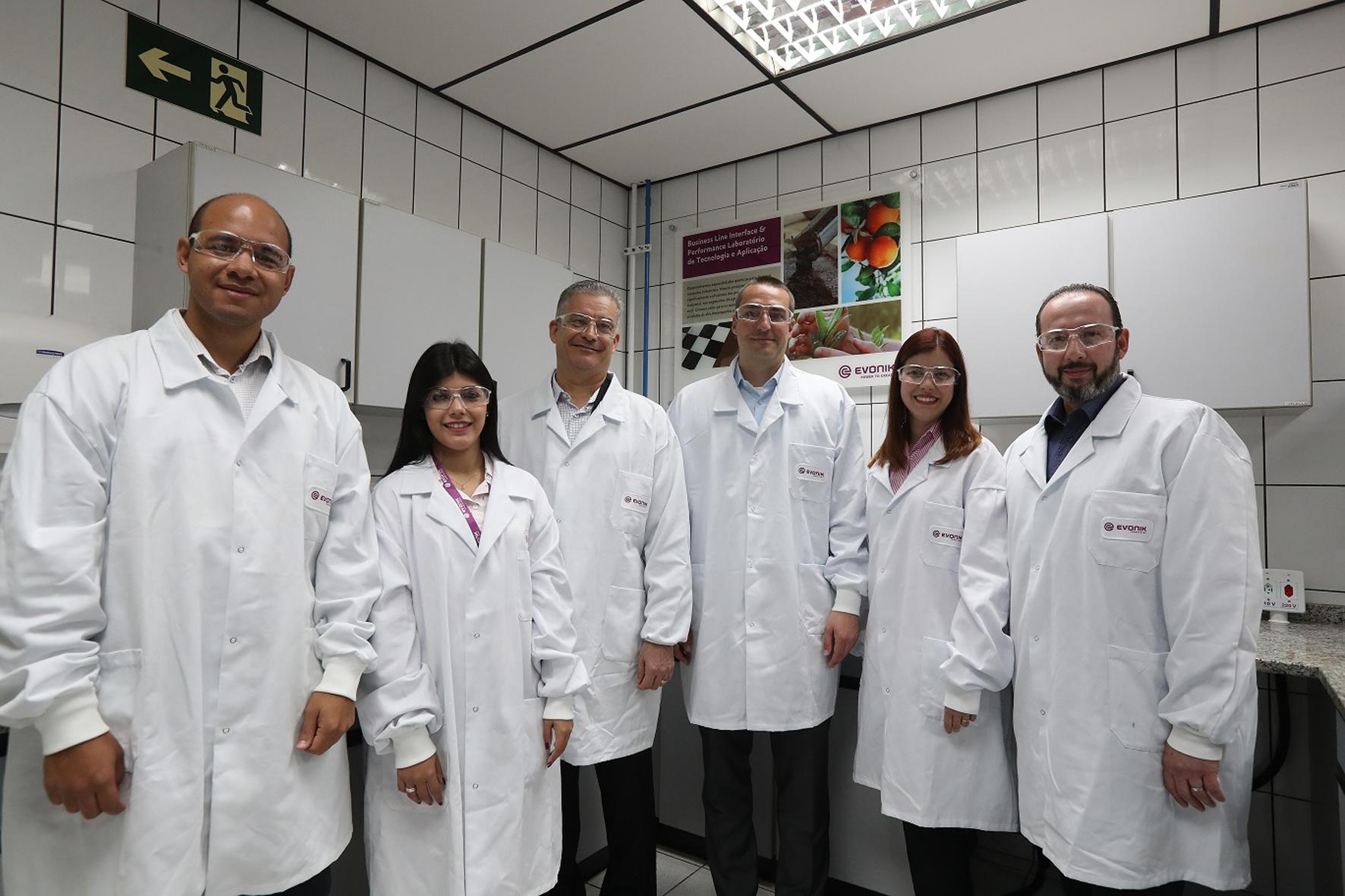Novo laboratório da Evonik fornecerá serviços de excelência a clientes regionais