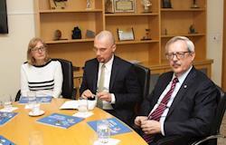 Cônsul da Rússia discute retomada de exportações de carne na Ocepar