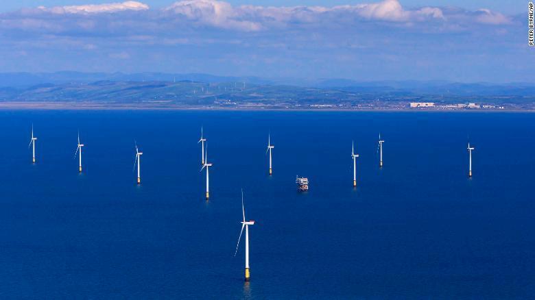 Maior parque eólico offshore do mundo começa a gerar energia
