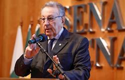 Presidente da CNA diz que é preciso discutir medidas concretas para desburocratizar o país