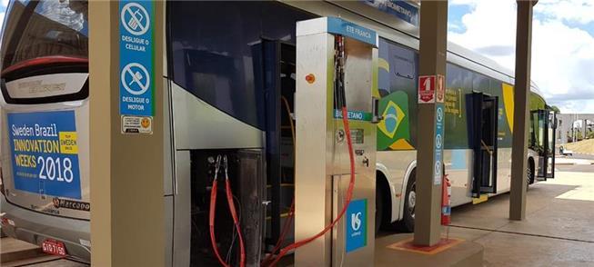 Scania testa ônibus movido a gás de esgoto