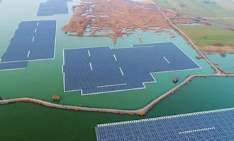 China transforma mina de carvão destruída em fazenda solar flutuante