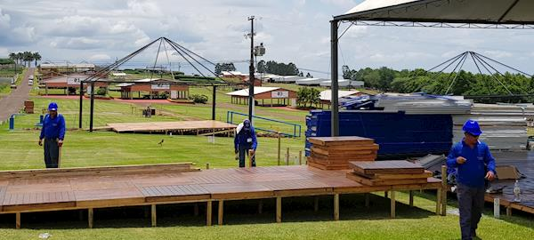 Montadoras já atuam em área do Show Rural Coopavel