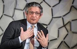 Ministro da Arábia Saudita diz que suspensão de importação do frango é cíclica
