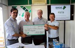 Copacol recebe R$ 50 milhões para ampliação do abate de aves
