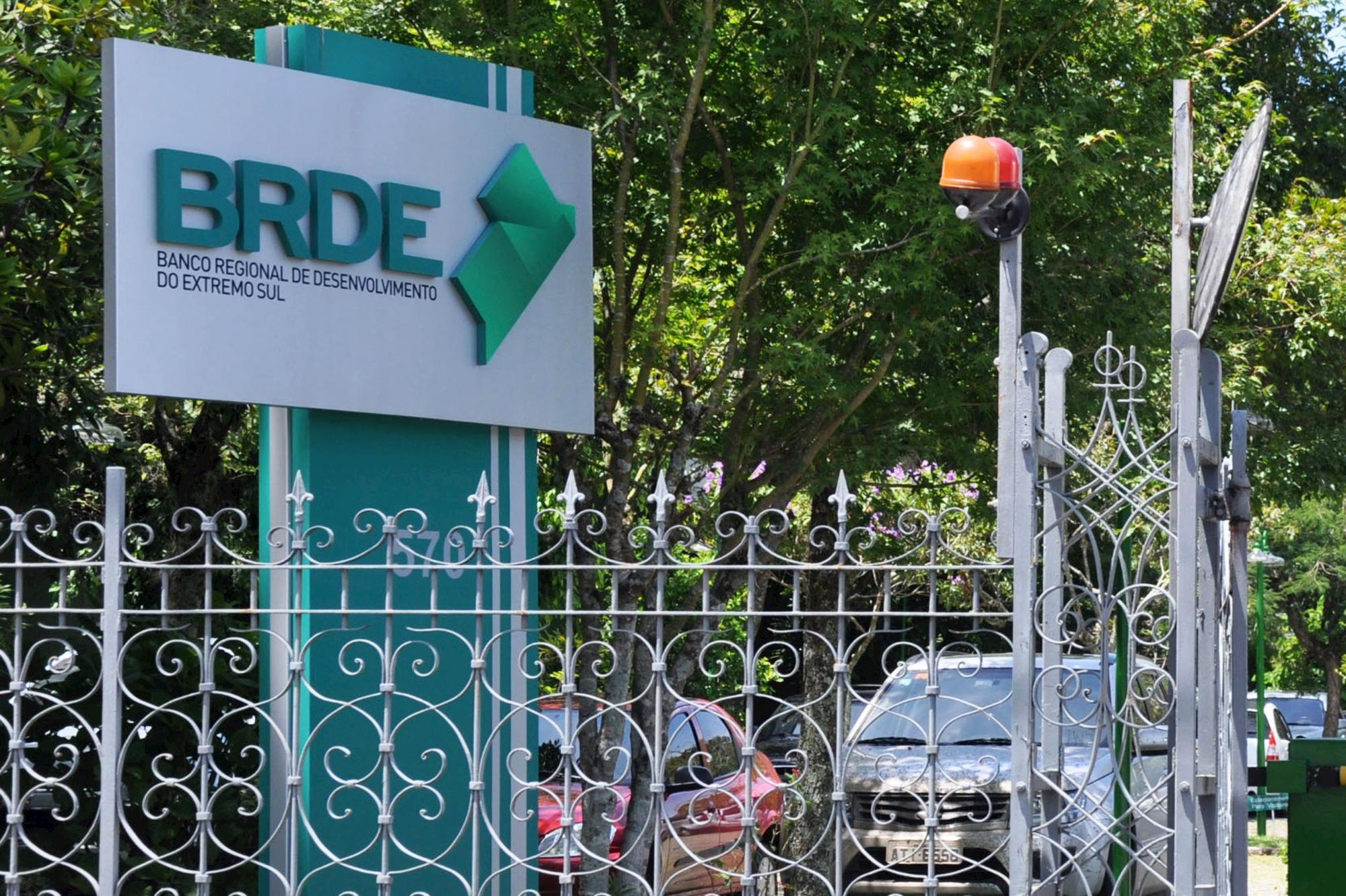Resultado de imagem para investimentos viabilizados pelo BRDE no primeiro semestre atingem R$ 1,4 bilhão