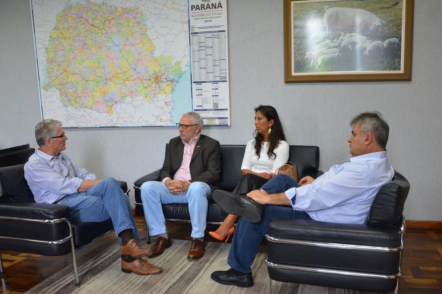 Secretaria de Agricultura e Fiep desenvolvem ação para desenvolvimento da agroindústria