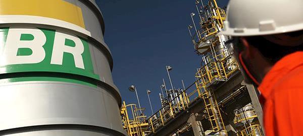 Painéis solares flexíveis como fonte de energia é nova aposta da Petrobras