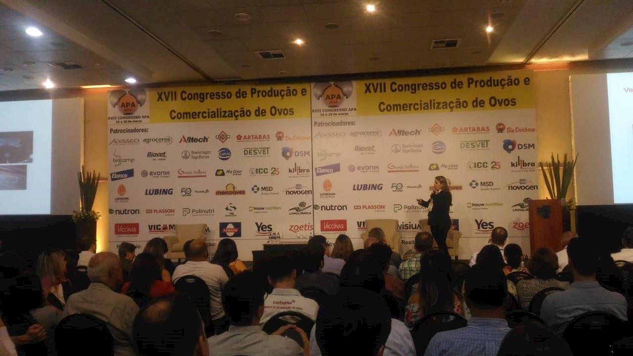 Congresso de Ovos reúne 700 pessoas e discute tendências e controle sanitário