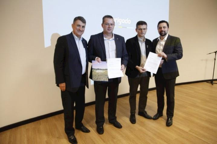 Cooperativas entregam propostas para o Programa de Autocontrole ao Mapa