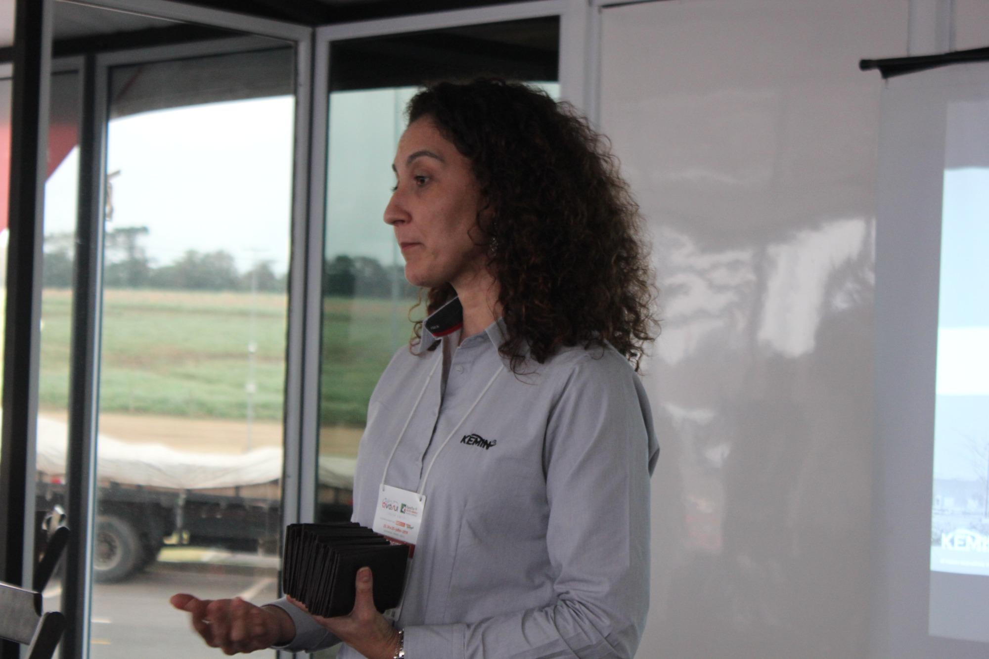 Cherlla Romeiro fala sobre Salmonela e saúde intestinal