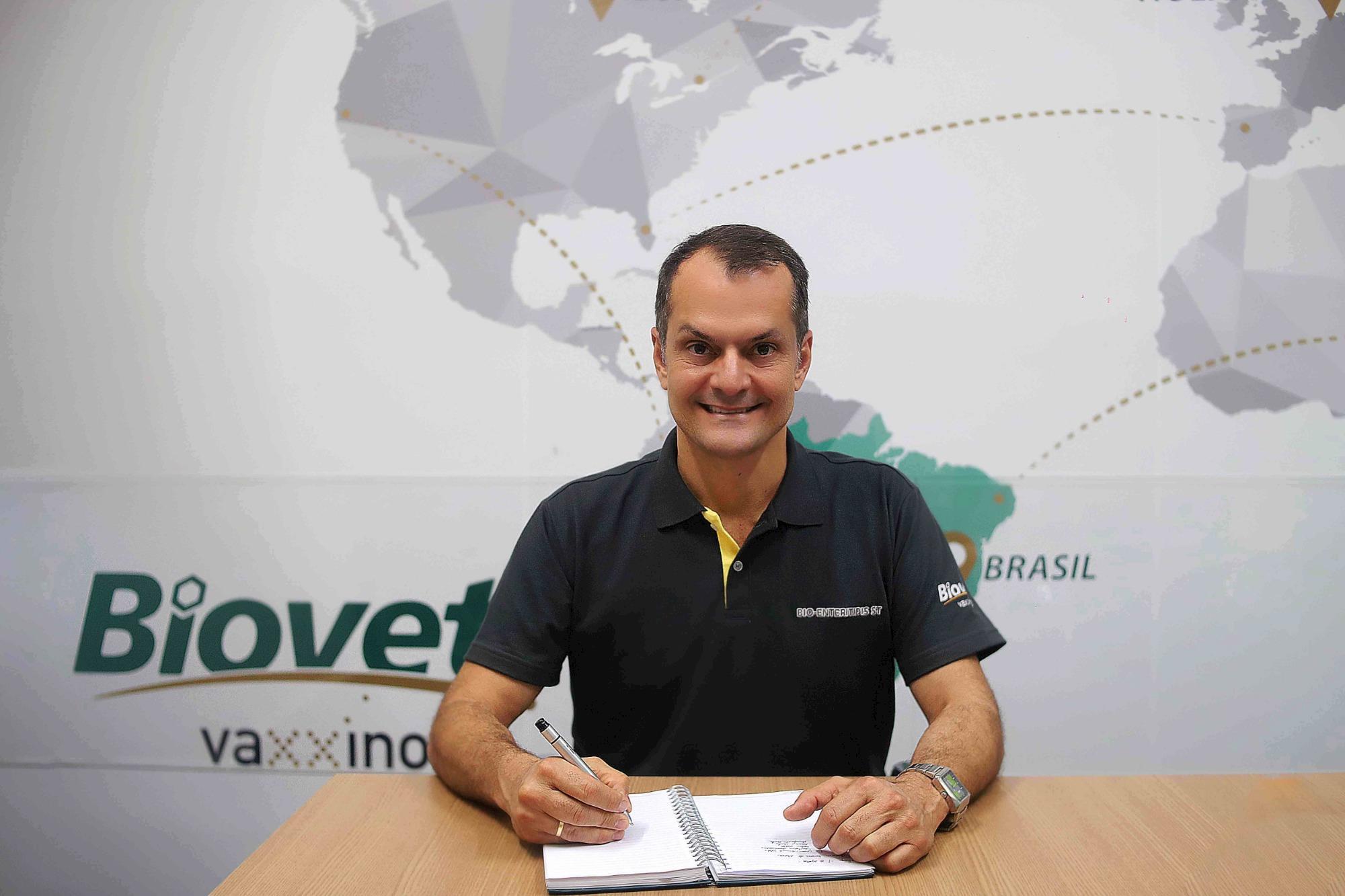 Jeovane Pereira é o novo Diretor de Negócios Avicultura do Biovet Vaxxinova