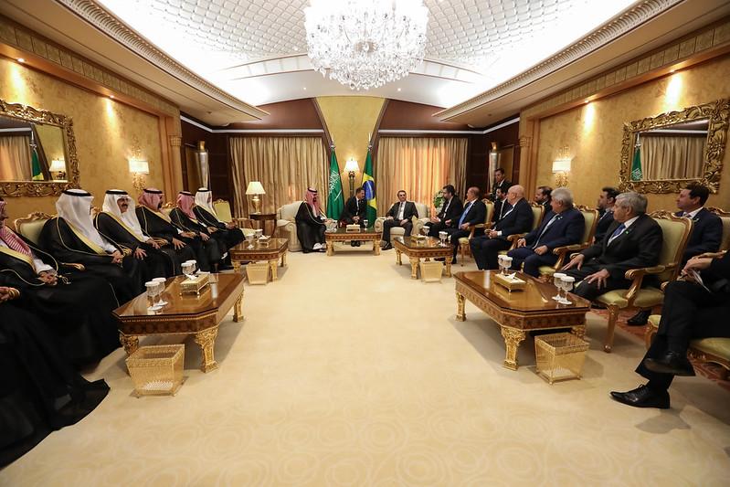 Visita de Bolsonaro a árabes traz novo momento para a avicultura