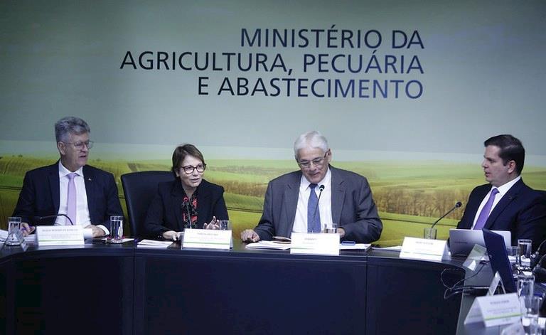 Senado aprova crédito de US$ 195 milhões para investimentos em defesa agropecuária