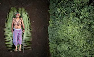 A aposta na energia solar contra a indústria do petróleo na Amazônia equatoriana