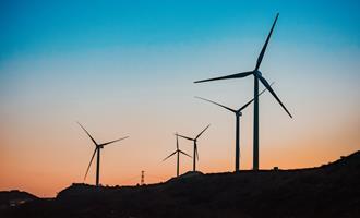 Na Irlanda, Orsted ganha US$ 631 milhões em aquisição de energia eólica onshore